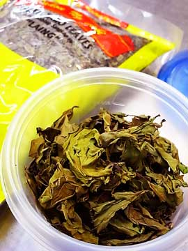110111taro-leaves.jpg